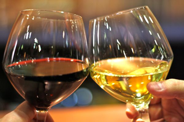 Маленький столик за углом - Том II - Страница 64 Bokali-wine
